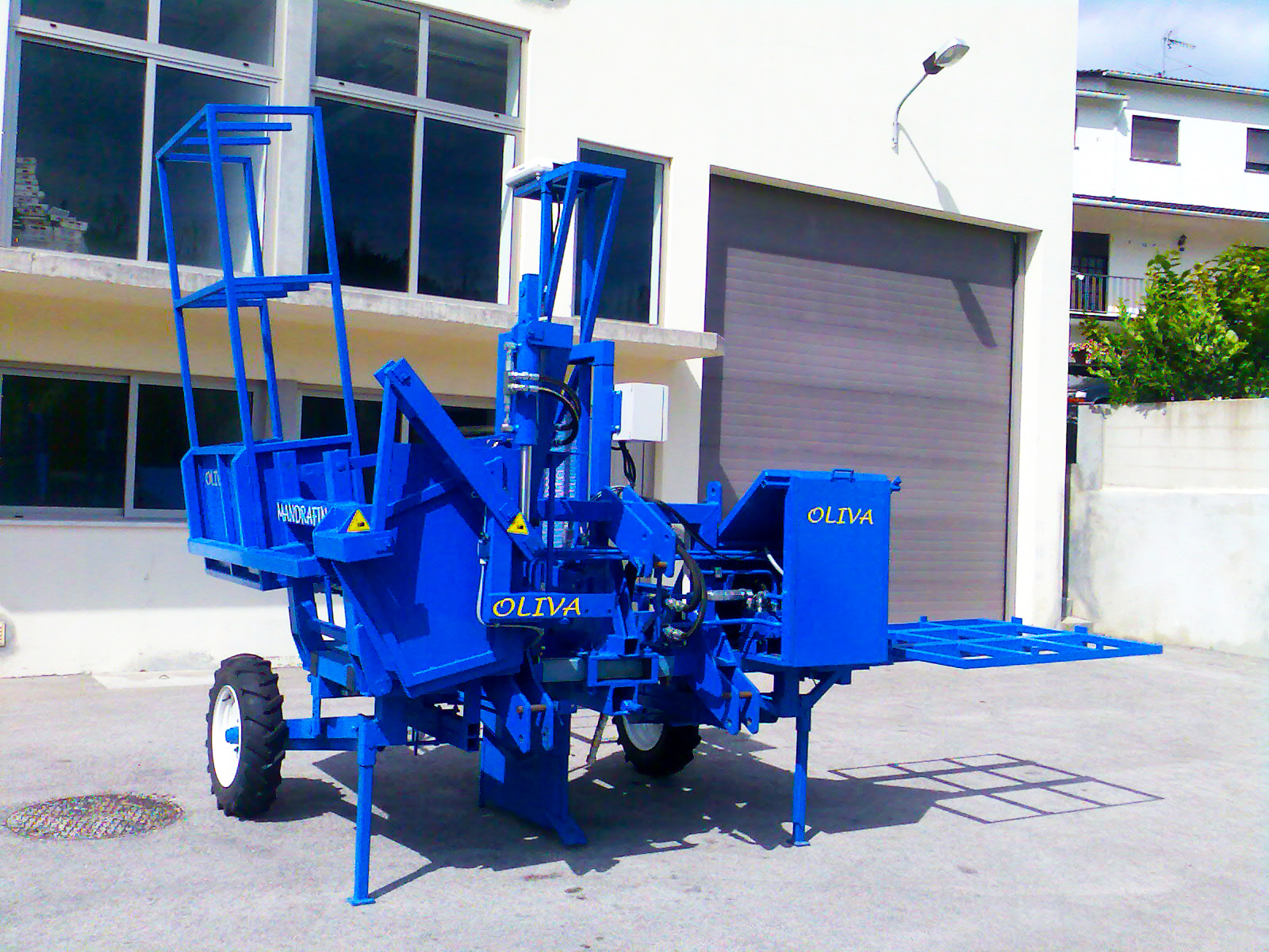 vineyard planting machine2